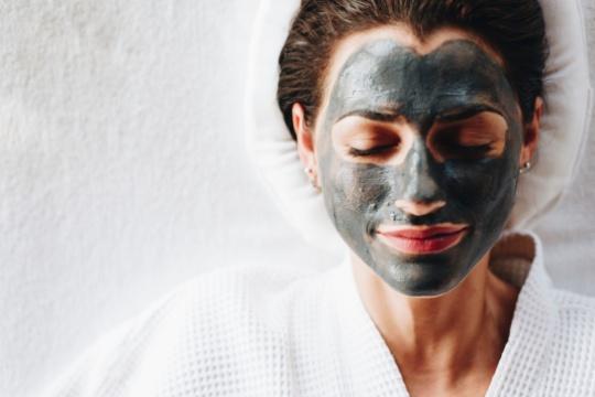 w temacie ciała fizjoterapia estetyczna masaż masaże fizjoterapia terapia manualna twarzy rehabilitacja estetyczna twarzy, masaże odmładzające